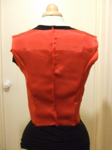 Vogue 8667 lining back view