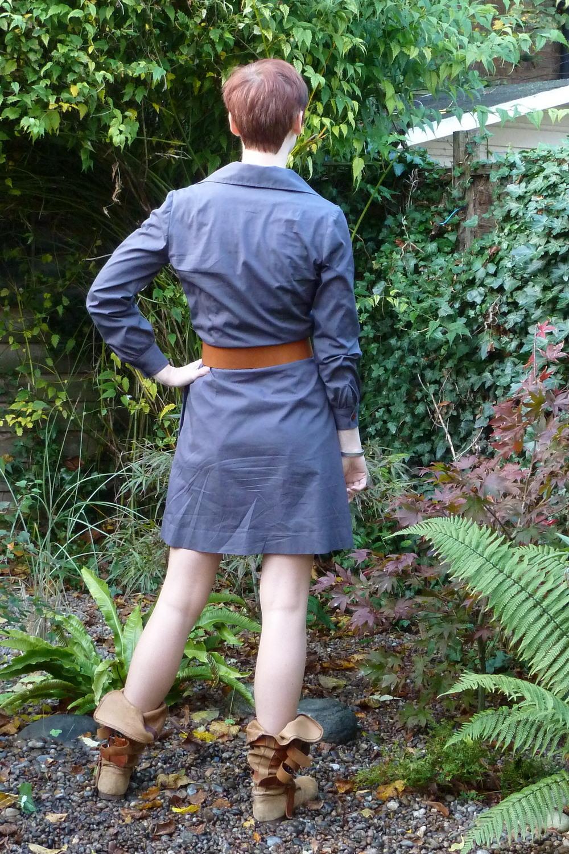 Simplicity 6720 grey shirt dress back view