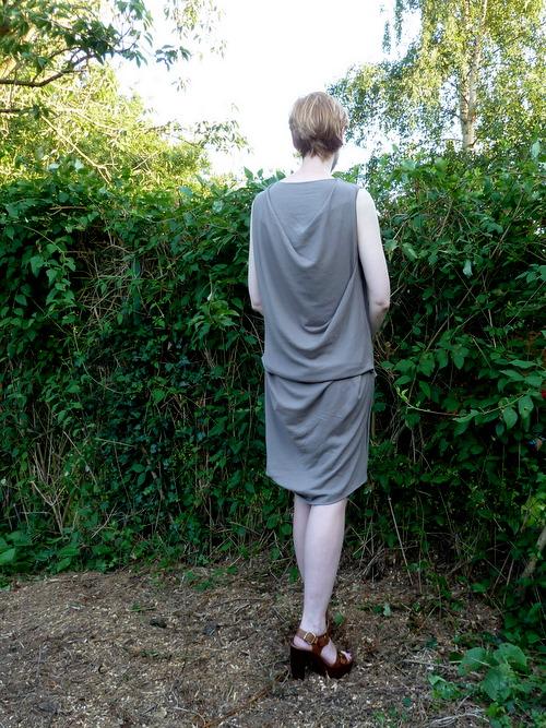 Drape Drape No 17 back full length brown dk