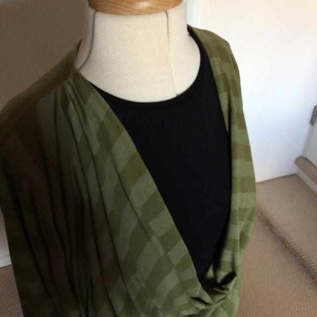 Drape drape 2 no 11 bodice closeup
