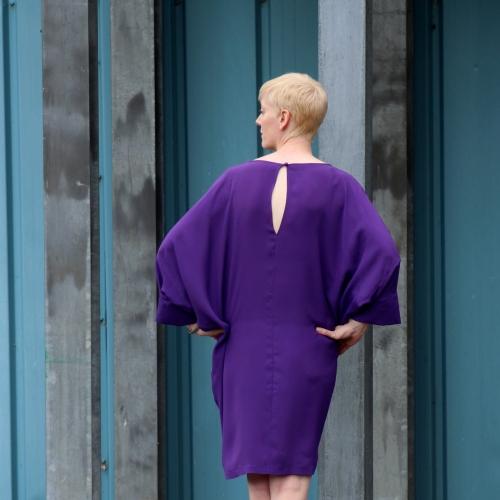 Vogue 1482 back view