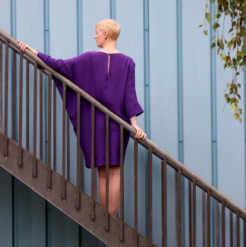 Vogue 1482 purple back view