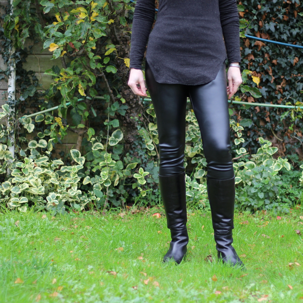 Burda wet look leggings 130-01-2011
