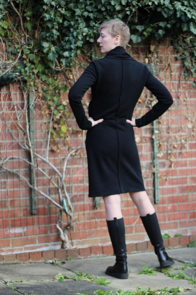 Drape drape 2 no 6 black back view