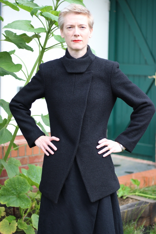 Vogue 1466 jacket in black boiled wool